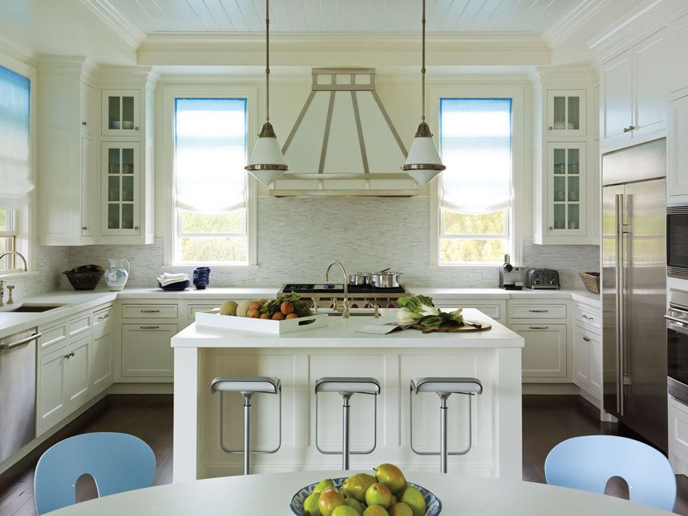 The builder supplied the basic kitchen design, but Robinson and Lipner  modified it with a