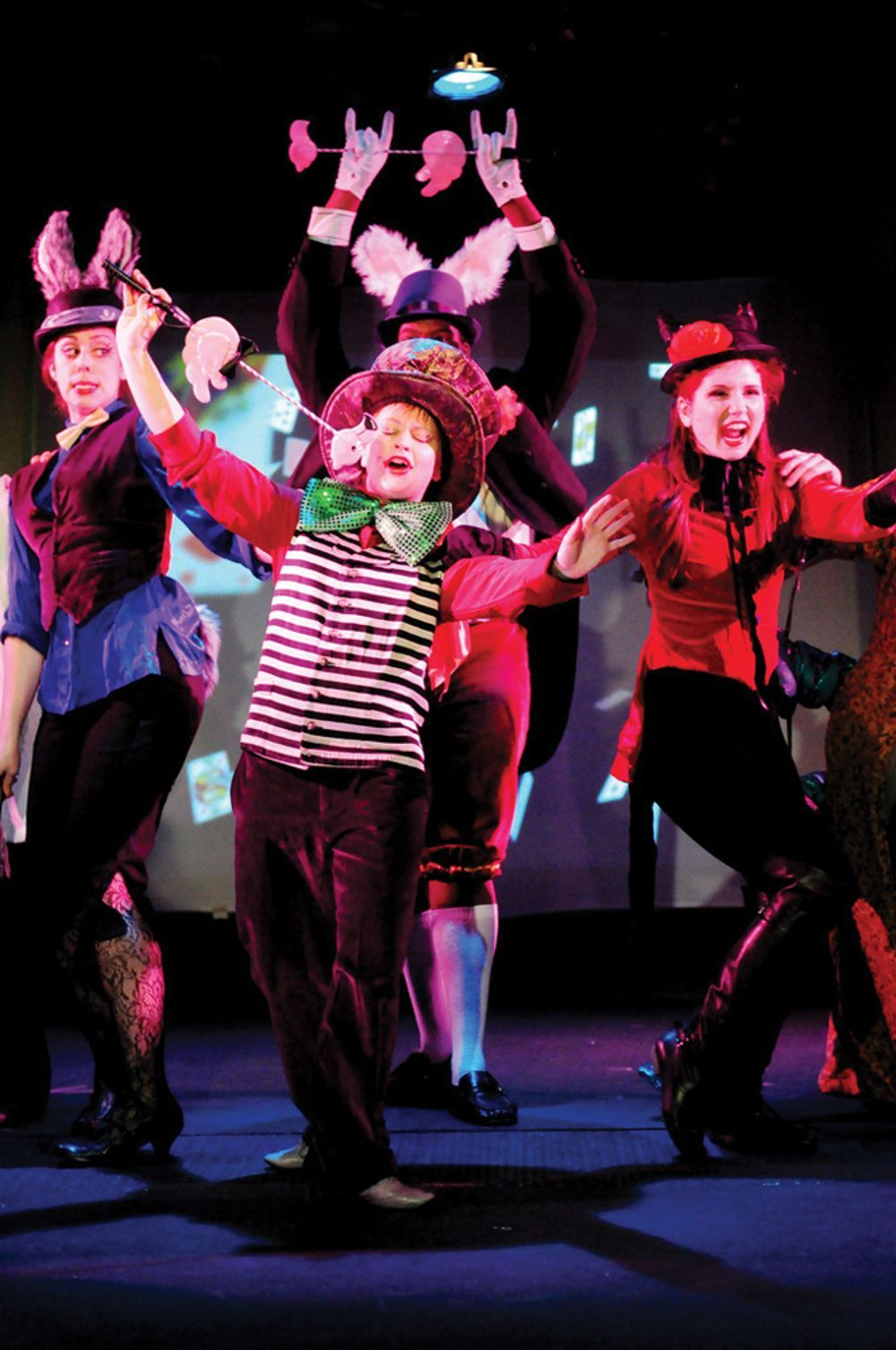 Literally Alive Children S Theatre Presents Alice In Wonderland In Nyc Nymetroparents