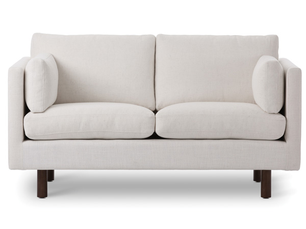 Nova Loveseat