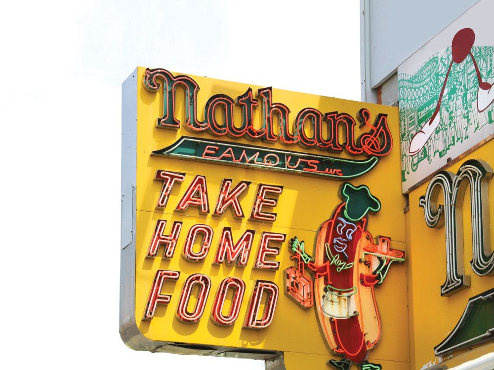 A Polish immigrant opened the now-legendary Nathan's Famous in 1916, selling frankfurters from a small hot dog stand.