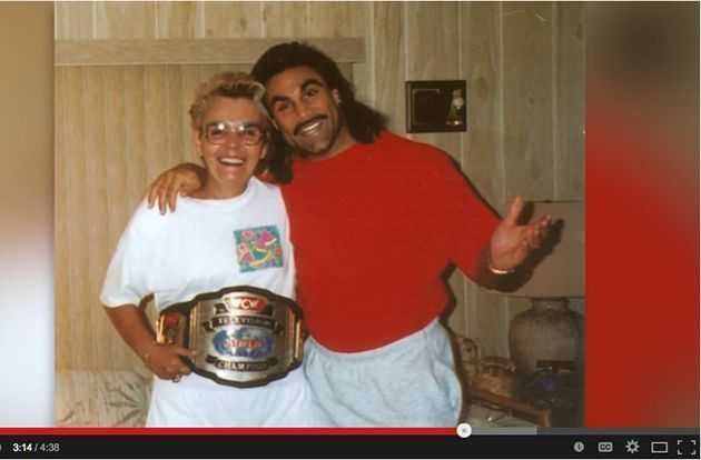 Former WWE Champion Uses Bad Decisions He Made Growing Up to Inspire Teens