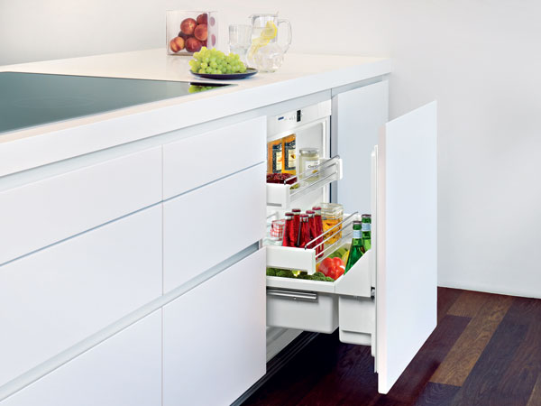 UPR 503 Undercounter Pull-Out Refrigerator