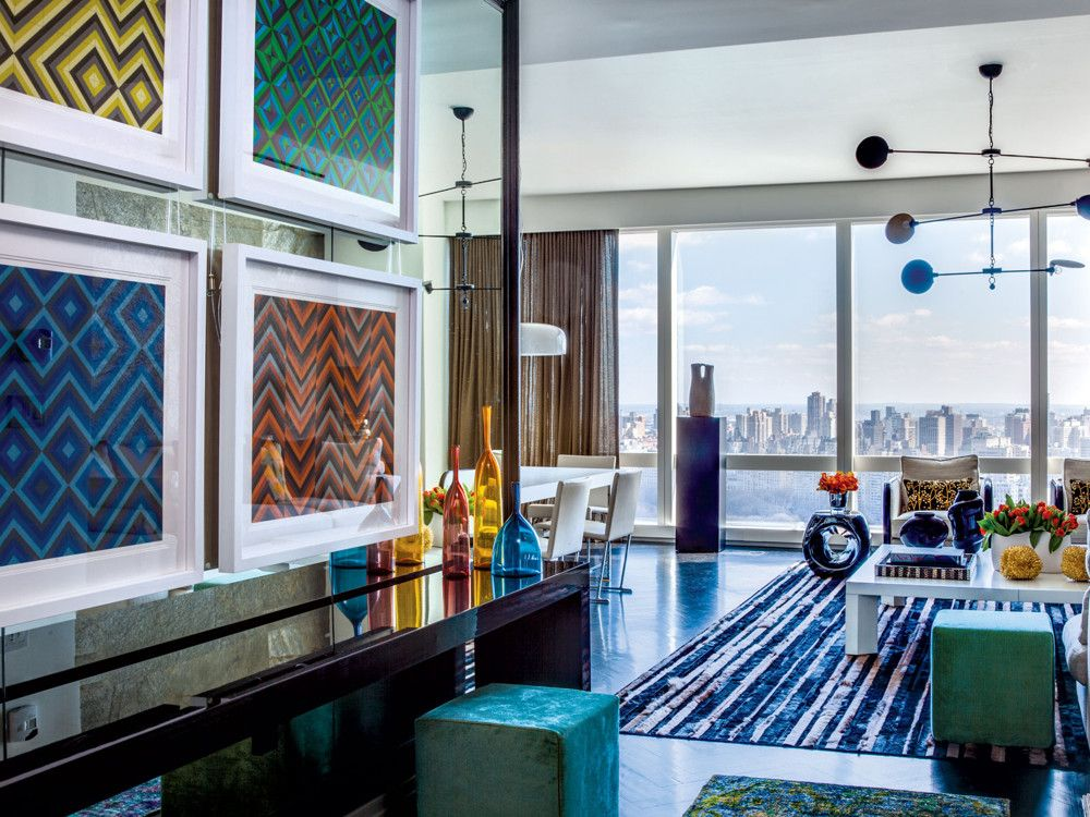 In the foyer leading into the living room, Sutton sought to capture the 