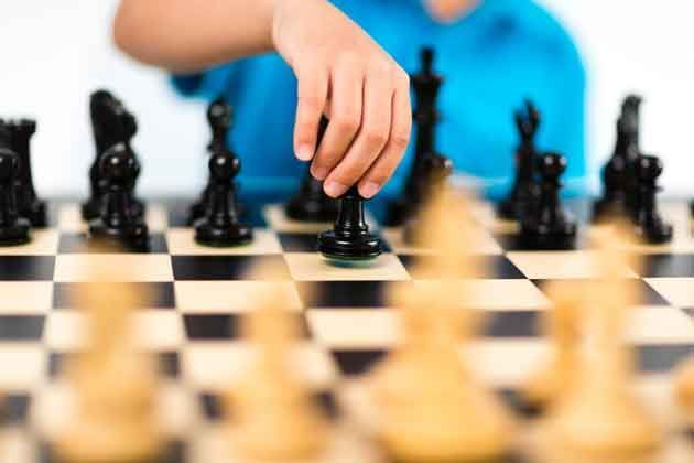 The Joys & Benefits of Chess for Kids