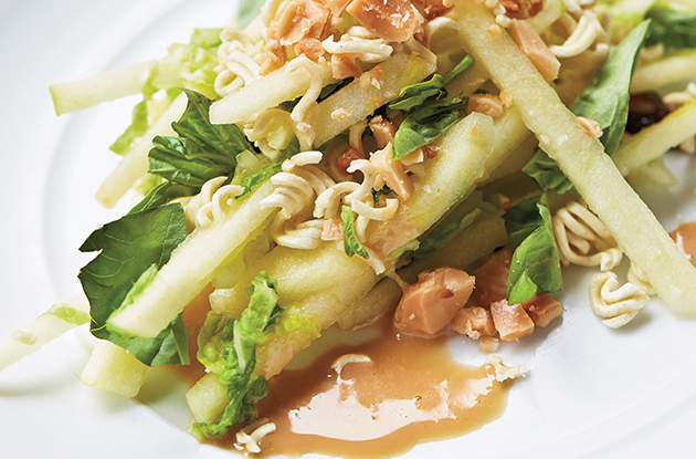 Crunchy Ramen and Apple Salad Recipe