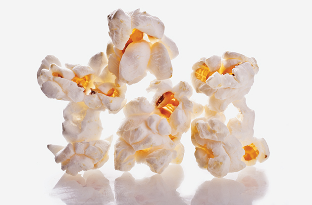 how to make popcorn in microwave
