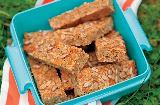 Homemade Snack: Sunflower Oat Bars