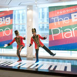 FAO Schwarz - A Magical Place for the Holidays