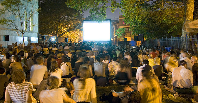 Outdoor Movies in NYC this Summer
