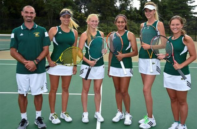 Adelphi and LIU Post Coaches Team Up for Tennis Camp