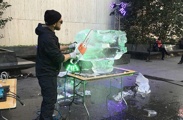 Dinosaur Ice Sculptures Roar Into Bryant Park