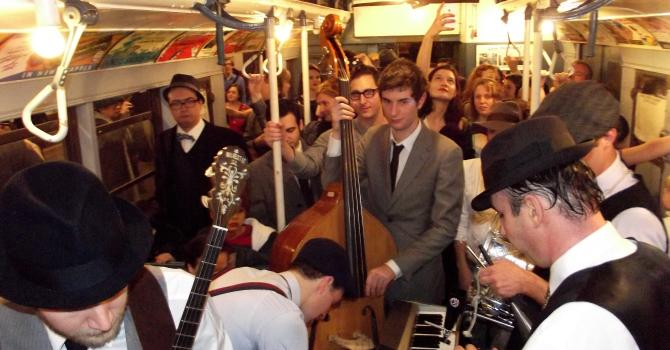 How to Ride a Vintage Subway in NYC