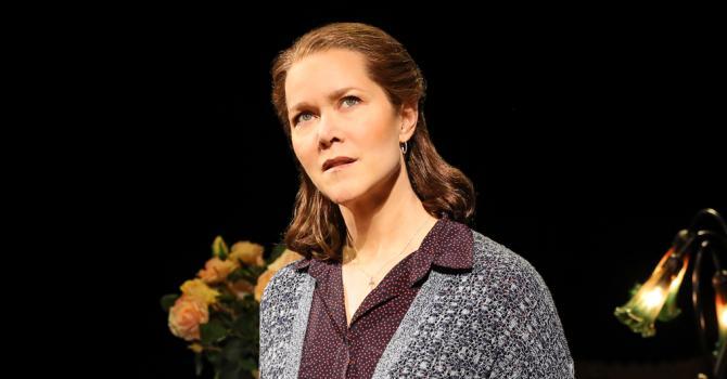 Rebecca Luker Moves Audiences in Broadway's Fun Home