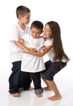 Ask the Expert: How Should I Handle When My Children Roughhouse Play?