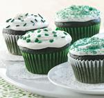 Recipe: Green Velvet Cupcakes with Vanilla-Mint Frosting