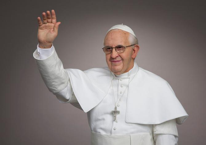 Pope Selfie Ops: Now at Madame Tussauds New York