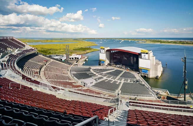 jones beach music ampitheater