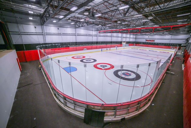 Sports Center in Syosset Opens New Ice Hockey Rink
