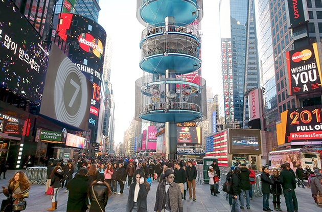 Architecture Firm Creates Prototype for a Vertical Park in Times Square