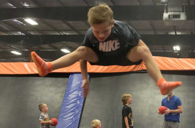 Sky Zone Deer Park Debuts Warped Wall and a 90-Day-Pass