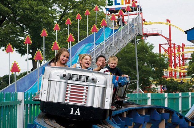 Amusement and Theme Parks in New York Area