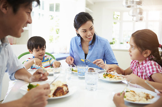 4 Food and Drink Hacks to Make Mealtime with Kids Easier