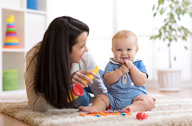 Signs Your Baby and Her Nanny Have a Great Relationship