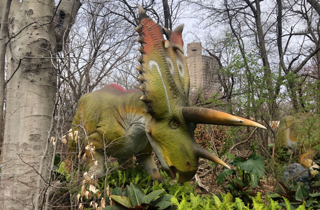 40 Dinosaurs Will Come Roaring Back to Life at the Bronx Zoo in April