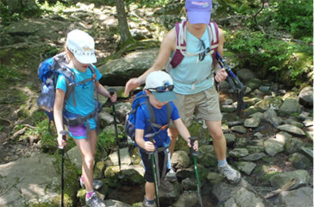 Expert Tips for Hiking with Children in the Fall