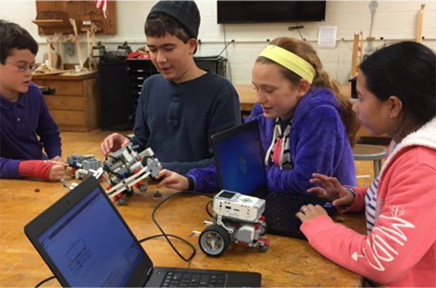 STEM Alliance Receives $5,000 Grant for Robotics and STEM Programs for Girls