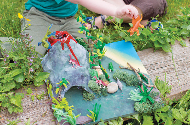 The Cutest Mini Jurassic Land to Craft With Your Little Ones