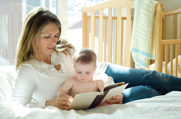 4 Proven Benefits of Reading Out Loud to Your Baby