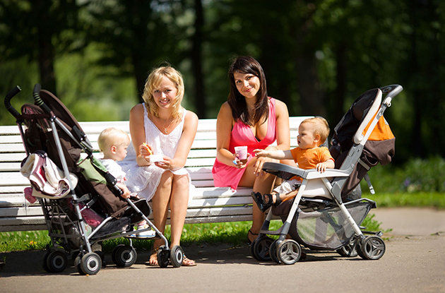 mothers with babies at park