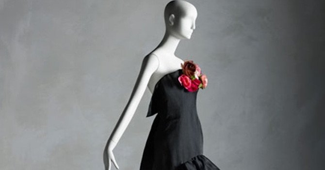 Met Costume Institute's Fall 2019 Exhibition Celebrates Sandy Schreier Collection Gift