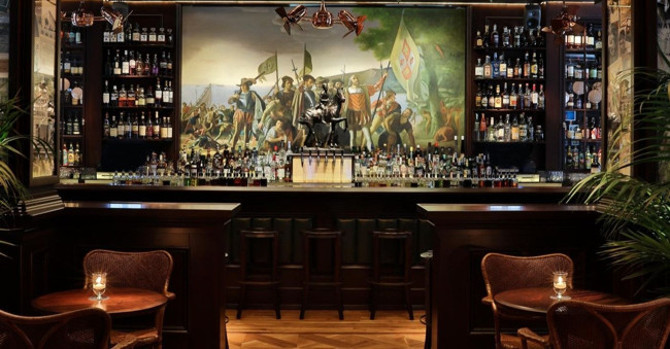 13 NYC Theme Bars That Really Commit