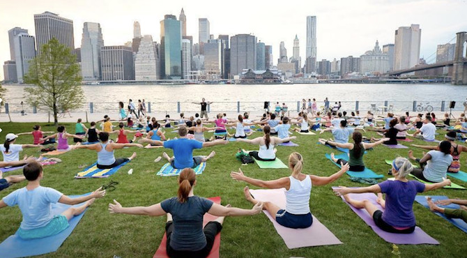 Free Yoga Classes in 9 NYC Parks This Summer