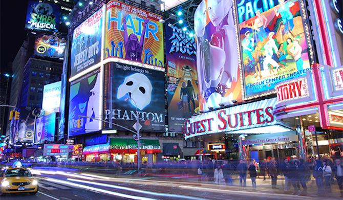 New York Tourist: 6 Fun Things to Do in Times Square