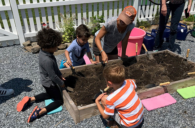 Ridge Hill Shopping Center to Offer New Children's Gardening Workshop