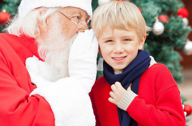 Enjoy Breakfast With Santa During a Harbor Cruise