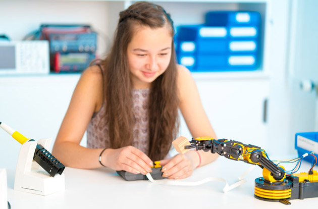 Summer Camps That Offer STEAM and Robotics Programs for Campers in Westchester County
