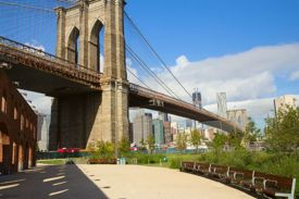 Parents and Pols Want Pop-Up Pool to stay open at Brooklyn Bridge Park