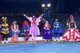 So You Want to Be a Clown in the Macy's Thanksgiving Day Parade?