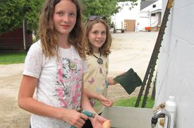 Educational Farm Experience Offered in New Hampshire
