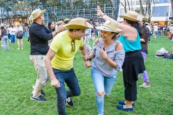 Bryant Park to Present Eighth Annual Free 'Square Dance' at Bryant Park