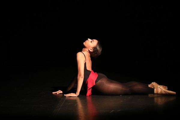 <i>VISIONS</i> Contemporary Ballet: <i>Traces (of what makes us who we are)</i> at The Riverside Theatre