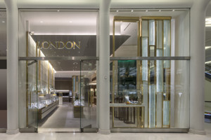 London Jewelers Photos