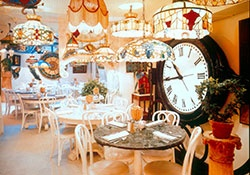 Serendipity 3 Photos