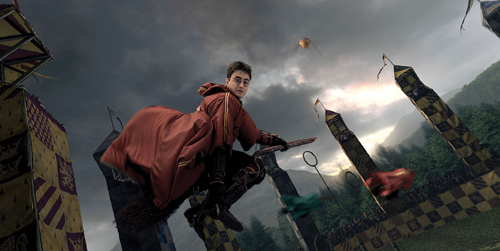 Harry Potter flying; playing Quidditch; The Wizarding World of Harry Potter at Universal Orlando