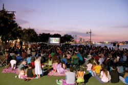 free outdoor movie screenings in Manhattan; 2010 RiverFlicks for Kids; movies on the Hudson