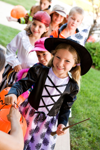 kids trick or treating; kids on halloween